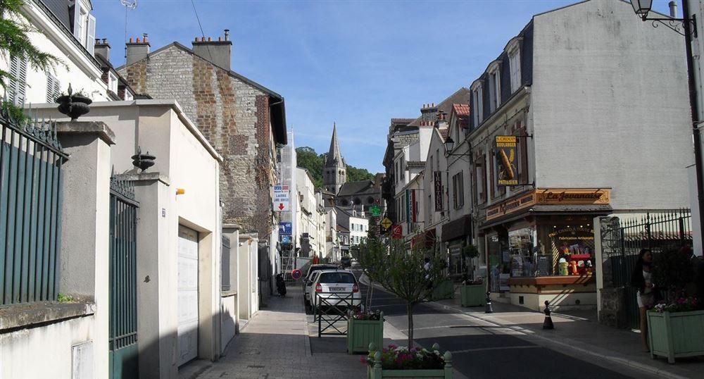 Le centre ville de Bougival