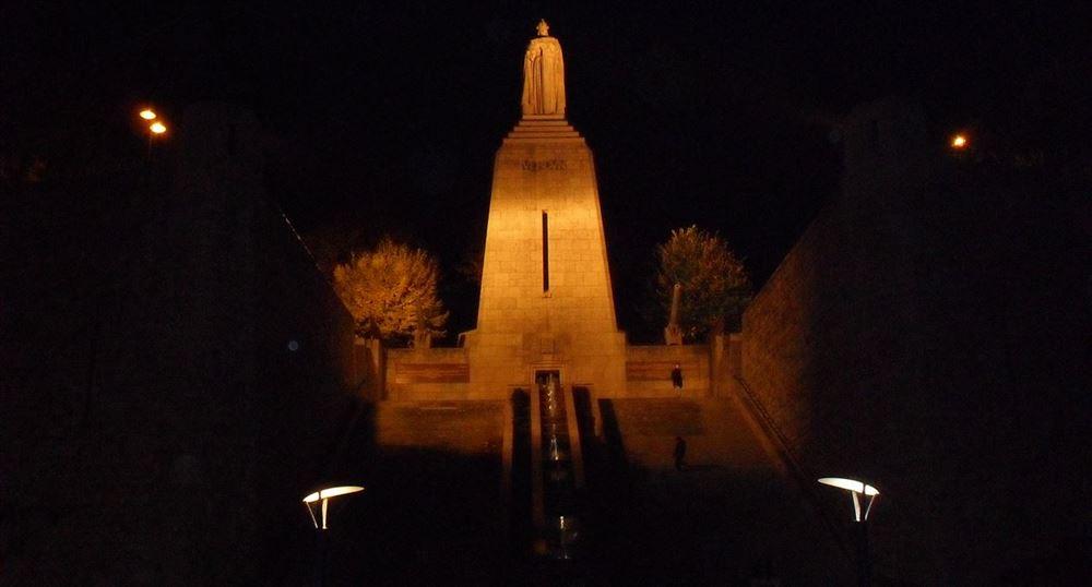 Le monument de la victoire