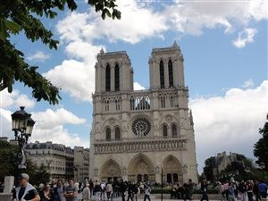 Visit Paris: Bastille - Marais - Notre-Dame of Paris