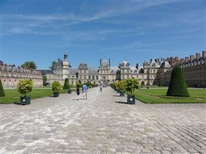 Visit of the castle of Fontainebleau