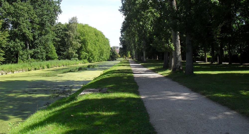 The route along the canal