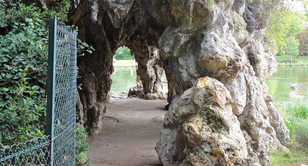 Grotte de l'île