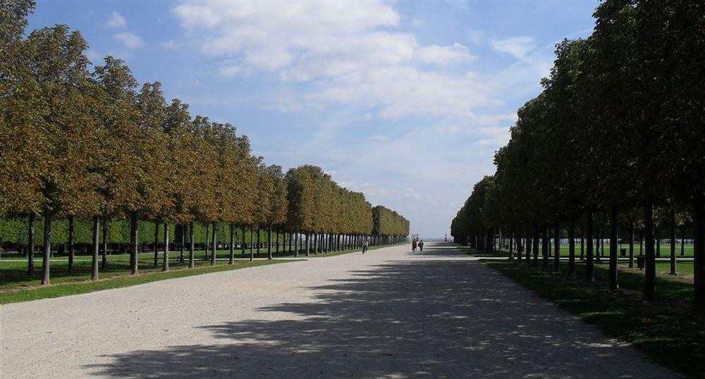 Gardens à la française