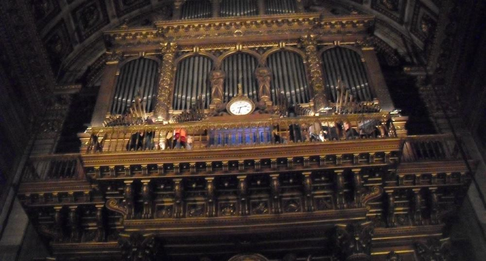 The organ of the Madeleine
