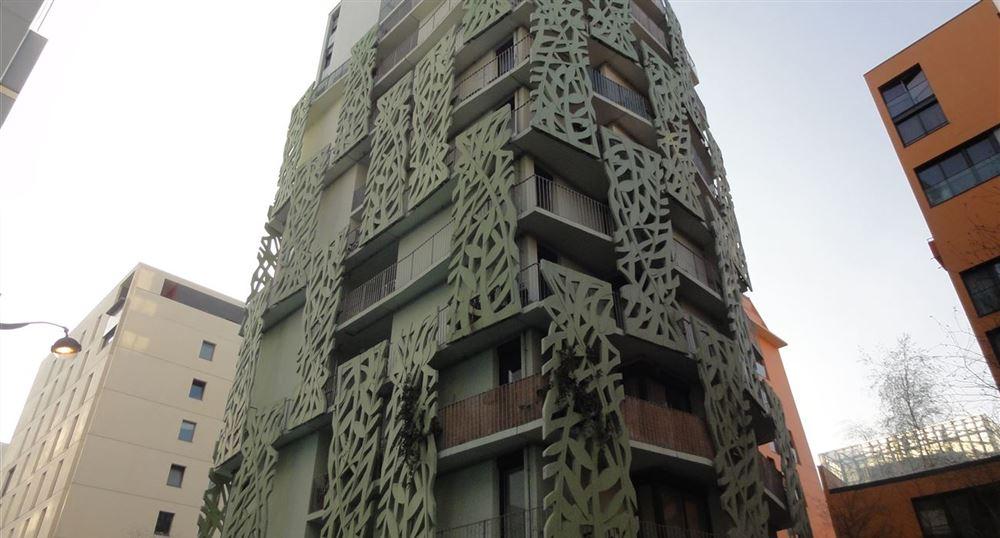 Rue Helene Brion