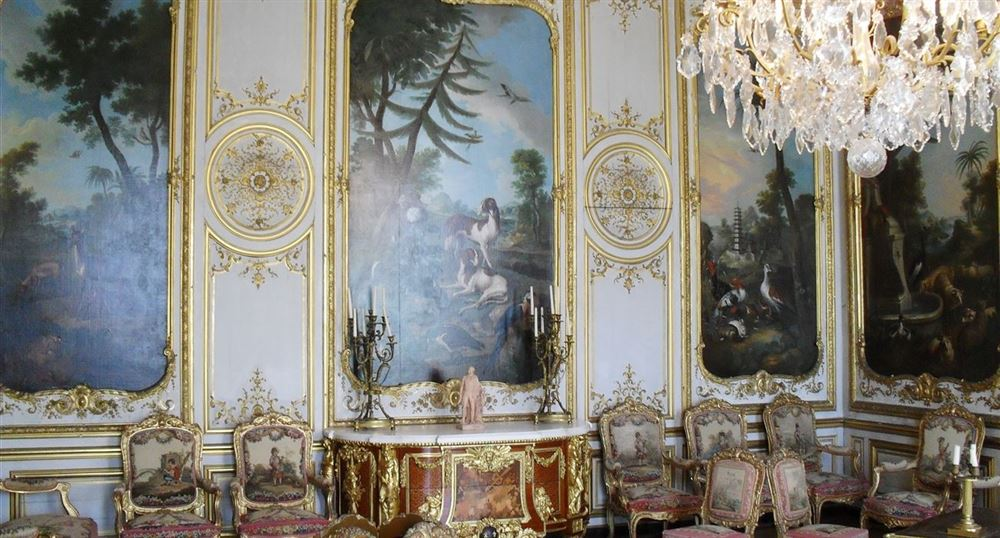 The bedroom of the Prince