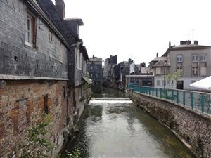 Promenade dans Pont-Audemer