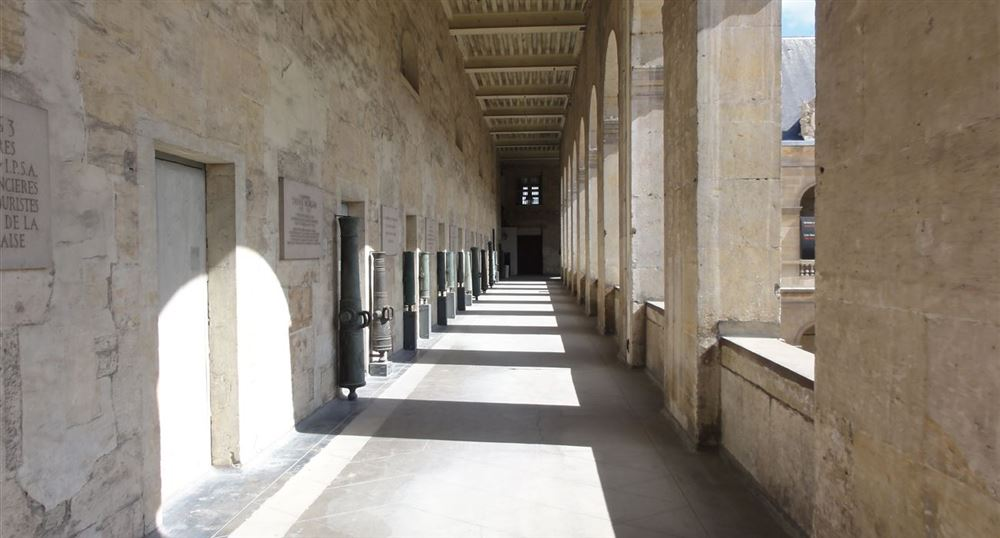 The corridors of the Invalides