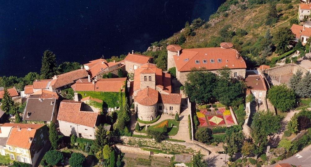 Castle of Saint Victor