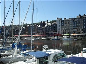 Visit of the old Honfleur, the Vieux Bassin, the lieutenancy