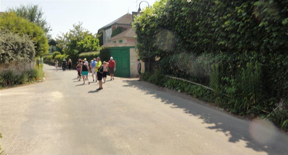 Une rue de Giverny