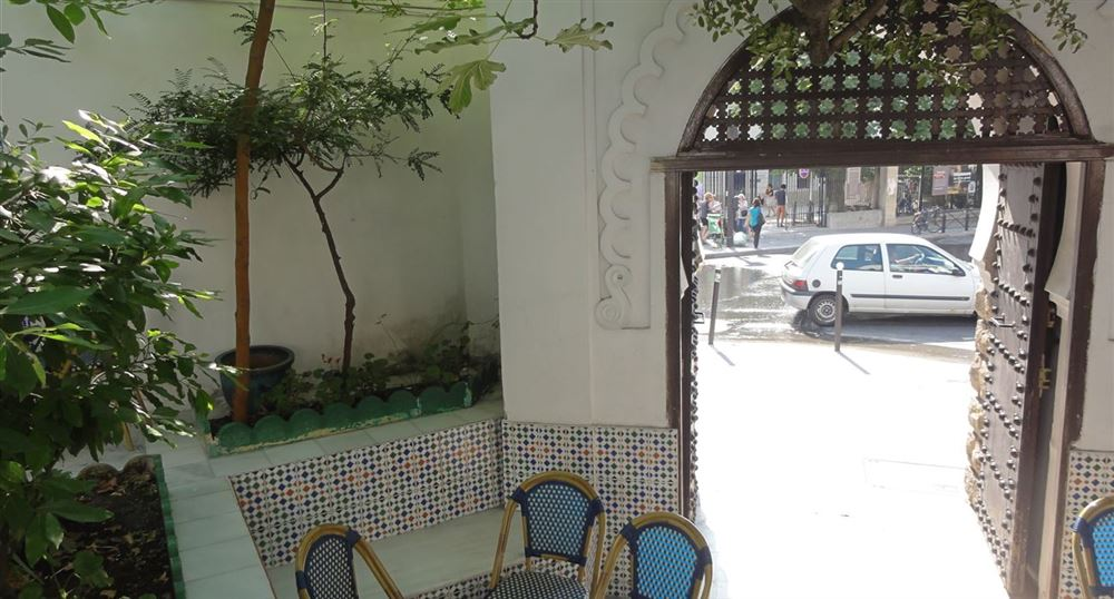 The entrance to the café restaurant of the Mosque