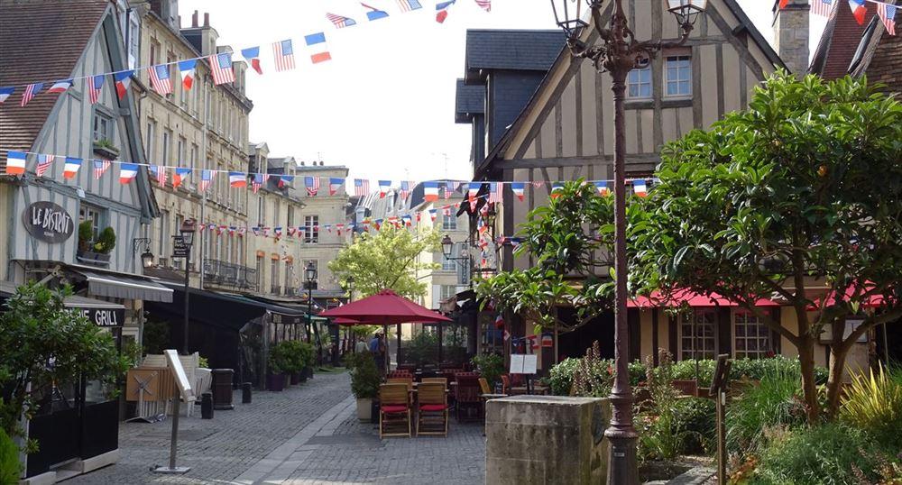 A shopping street
