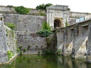 Promenade autour de la citadelle du Château-d'Oléron