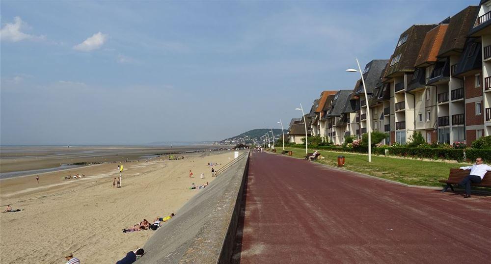 The promenade Marcel Proust