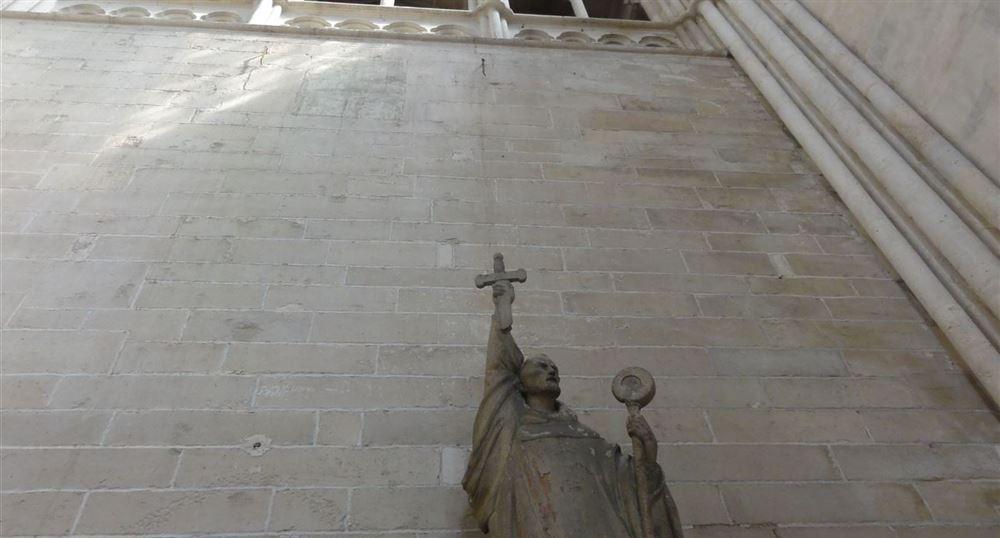 Statue de Saint Bernard