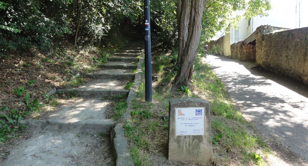 The ascent to the castle