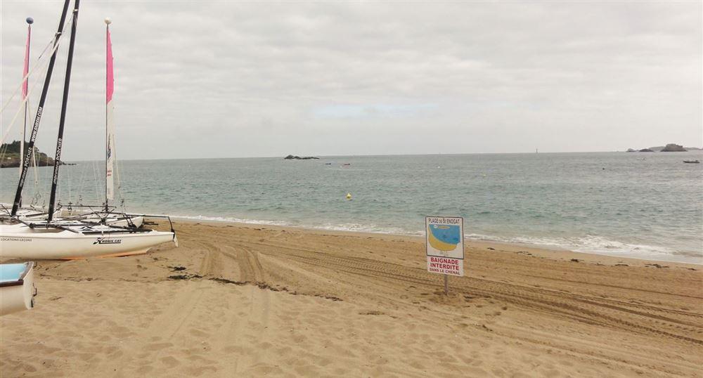 La plage de Saint-Enogat
