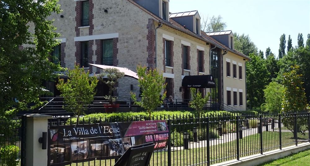The villa of the lock