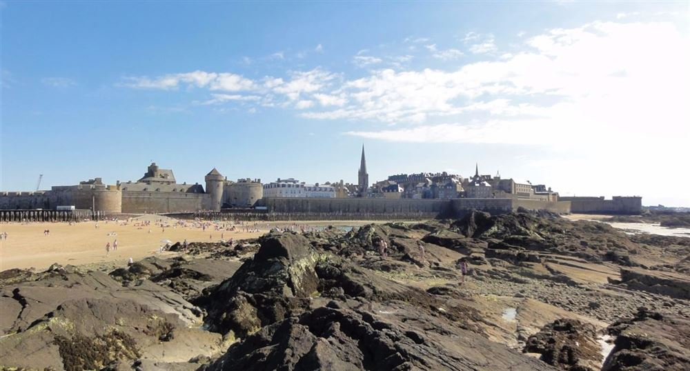 2. On the ramparts of Saint-Malo