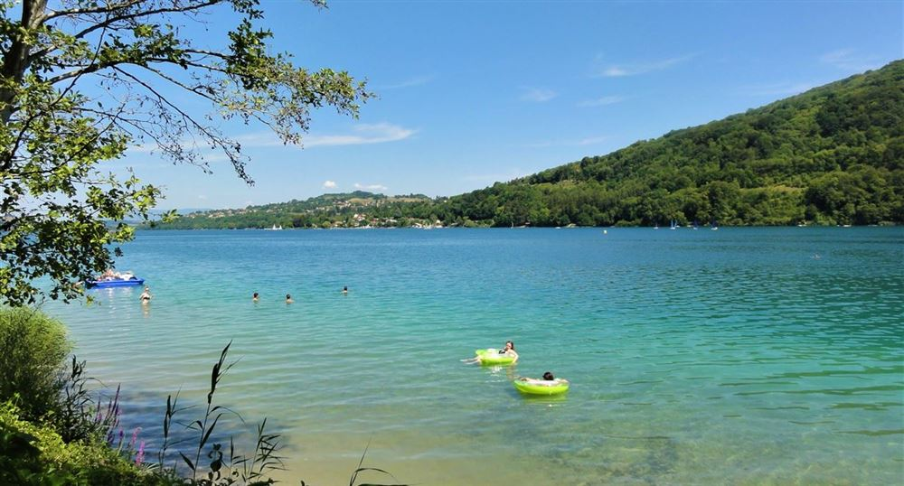 Les rives du lac de Paladru