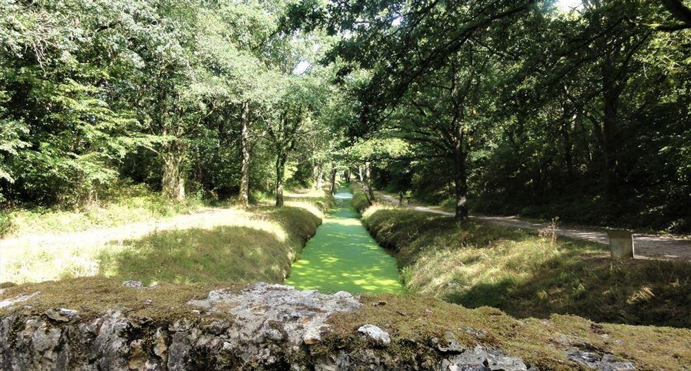 The aqueduct of Vieille-Eglise-en-Yvelines