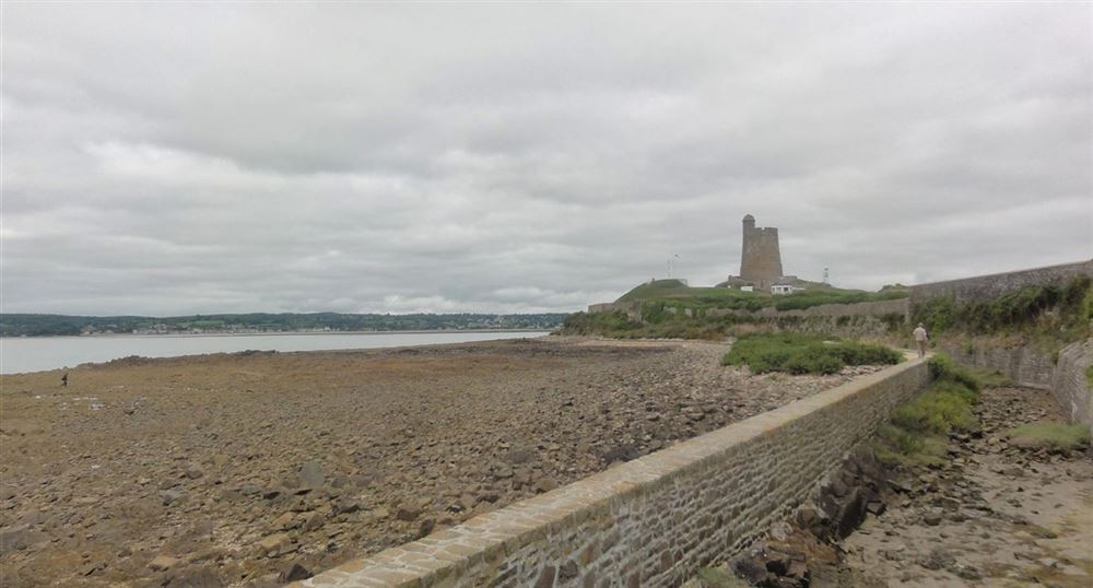 La tour de la Hougue