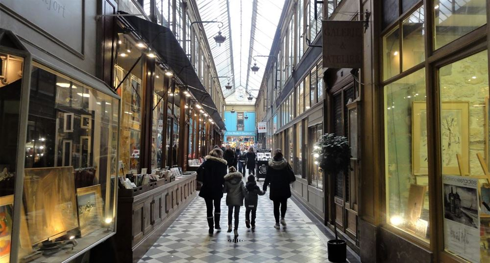 The passage Jouffroy a little further