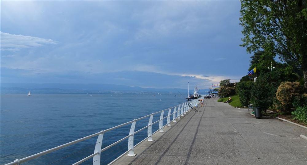 The quayside along Lake Geneva
