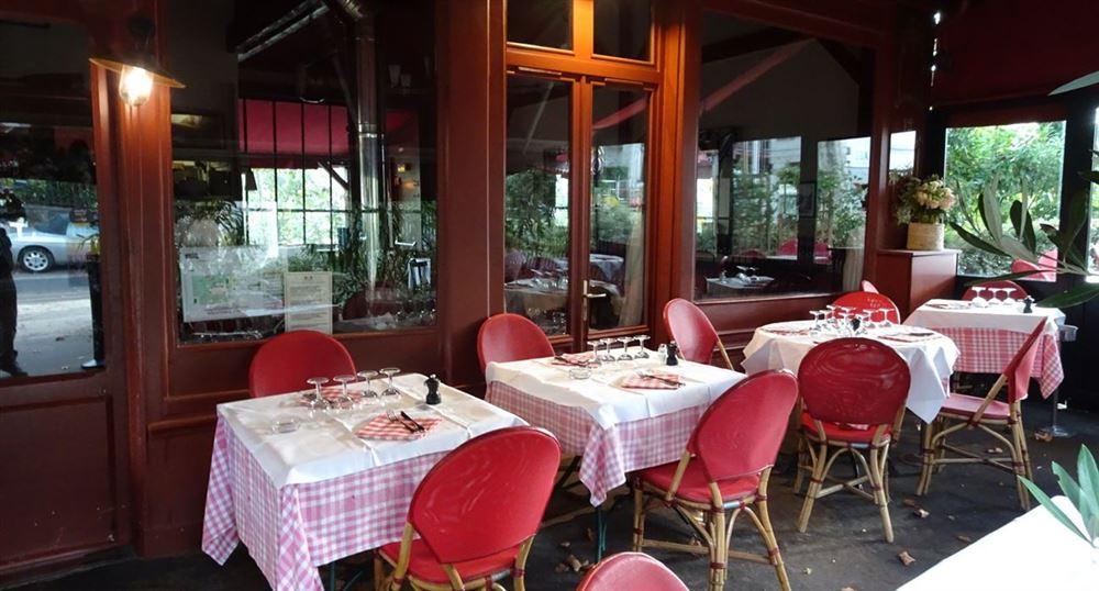 The Guinguette de Neuilly