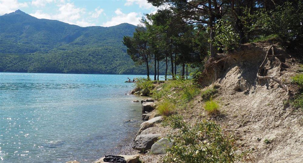 Les rives du lac de Serre-Ponçon