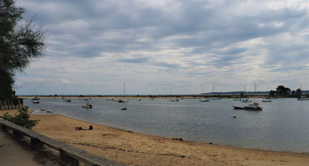 La plage près du village des pêcheurs
