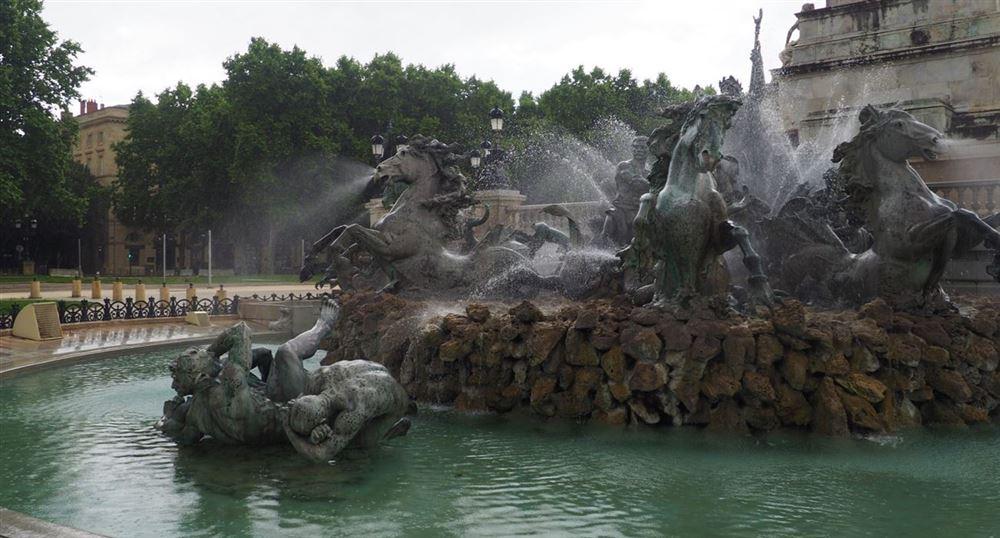 Le monument aux Girondins, place des Quinconces,