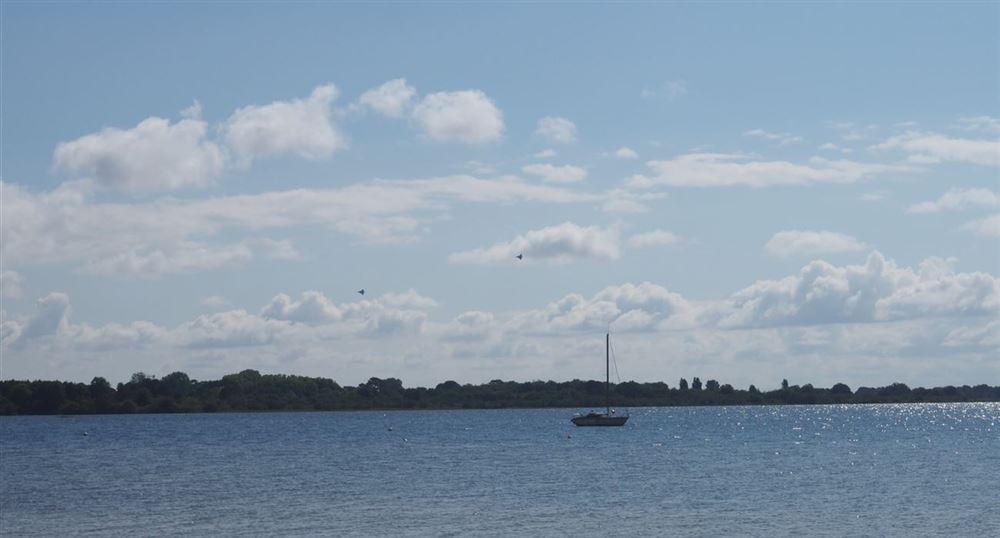 Les avions au loin