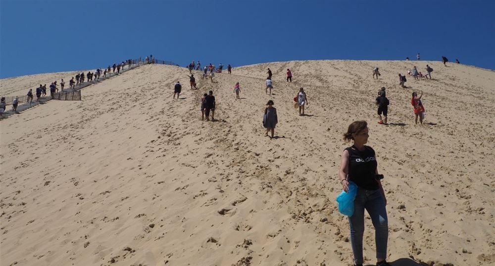 En bas de la dune du Pyla