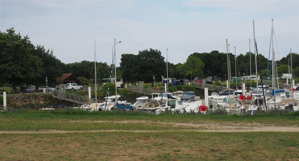Le port du Teich